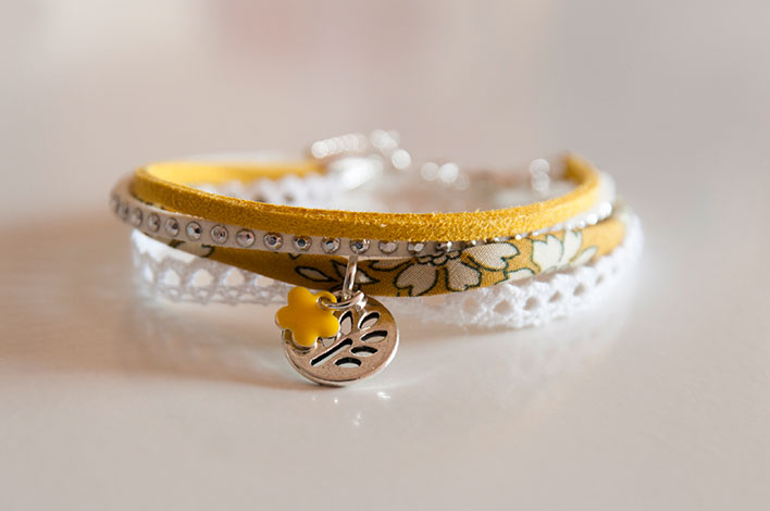 bracelet liberty dentelle jaune moutarde