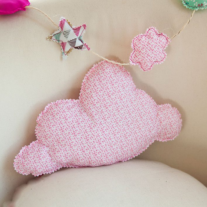coussin nuage bebe